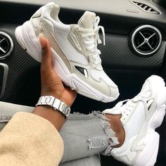 Nike Air Max 87, Nike Air Force, Adidas Gazelle, Adidas Superstar, Sneaker Outfits, White Sneakers, Air Max Sneakers, Shoes Sneakers, Women's Shoes