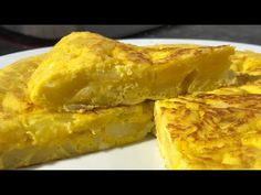 Tortilla de patatas spaniola - Omleta cu cartofi - YouTube Cornbread, French Toast, Cooking Recipes, Video, Breakfast, Ethnic Recipes, Food, Youtube, Chef Recipes