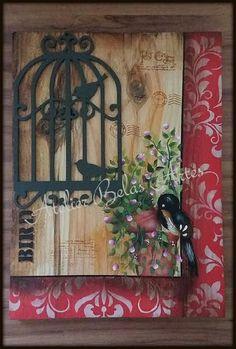 Quadro de madeira rústica  pintado à mão, stencil,carimbos, recorte a laser.