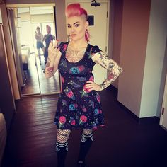 "164 curtidas, 3 comentários - 💖Naomi Narcissistic💖 (@narcissisticnomz) no Instagram: ""#vegas #flamingo #punkrockbowling #punkchicks #punk #tattooedgirls #tattoos #inkedgirls #inked…"""