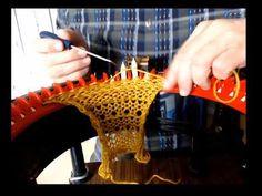 Addi Knitting Machine, Circular Knitting Machine, Knitting Help, Knitting Machine Patterns, Loom Patterns, Yarn Projects, Knitting Projects, Addi Express, Finger Crochet
