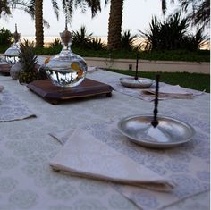 Enjoying the end of summer with some fresh tableware. For information on our Artichoke napkins, placemats, tablecovers, and Suri platters contact hussah@ecruonline.com #ecru #napkins #placemats #tablecovers #suriplatter #ecruonline