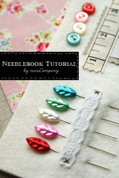 Needle Book Tutorial by nanaCompany Sewing Basics, Sewing Hacks, Sewing Tutorials, Sewing Crafts, Tutorial Sewing, Sewing Patterns Free, Free Sewing, Hand Sewing, Sewing Kits