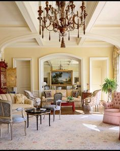 SECRETS OF A HOSTESS (@secretsofahostess) • Instagram photos and videos Architectural Digest, Architecture Design, Classic Architecture, Florida Mansion, Tropical Furniture, Modern Furniture, Palm Beach Florida, Traditional Interior, Classic Interior