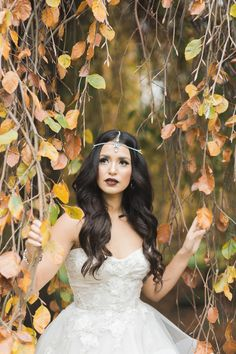 Make up: Jasmine Hoffman | Photo: Camilla Anchisi | Flowers: Flower Factory | Model:Gumboot Glam | Gown: Bisou Bridal | Jewellery: Jeweliette | Hair Styling: Cara Christensen |