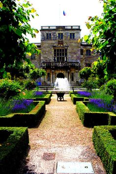 : Wilton House is an English country house situated at Wilton near Salisbury in Wiltshire