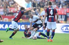 Luca Rigoni # 30 of Genoa CFC in action during the Serie A match between Bologna FC and Genoa CFC at Stadio Renato Dall'Ara on October 2, 2016 in Bologna, Italy.
