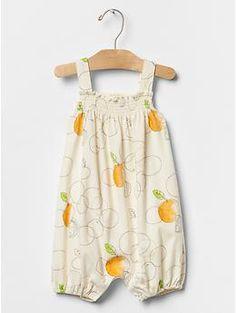 f7e933dd788e Sleeveless Smock Bib - Fruit