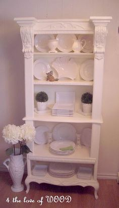 French Cabinet How-To - Gorgeous...thinking to use some of these tips on a couple of crap bookcases I have...