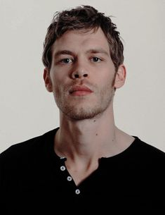 Joseph MorganYou can find Joseph morgan and more on our website. The Vampire Diaries, Vampire Diaries Wallpaper, Vampire Diaries The Originals, Joseph Morgan, Joseph Joseph, Klaus And Hope, Klaus And Caroline, Klaus The Originals, White Man