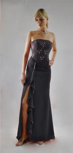 Somptueuse robe de soirée bustier avec traîne