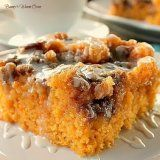 Sweet Potato Cinnamon Roll Cake ~ Incredibly delicious…a dense moist sweet potato cake that tastes like a cinnamon roll. 13 Desserts, Delicious Desserts, Yummy Food, Plated Desserts, Southern Desserts, Sweet Potato Cinnamon, Sweet Potato Recipes, Best Sweet Potato Cake Recipe, Sweet Potato Cakes