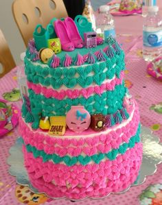 One of my daughters' best friends turned 6 last May. When I asked what kind of cake she wanted, her mom said that the party was going to be Shopkins...
