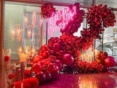 Cute Proposal Ideas, Romantic Proposal, Wedding Proposals, Marriage Proposals, Qualatex Balloons, Balloon Installation, Wedding Crafts, Balloon Arch, Birthday Balloons