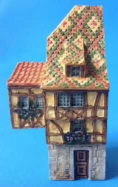 J Carlton Dominique Gault Style Miniature Row House Figurine 213059 Hand Painted #JCarlton