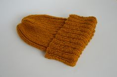 Baby growing hat. Knitted Hats, Knit Crochet, Gloves, Knitting, Winter, Baby, Fashion, Winter Time, Moda