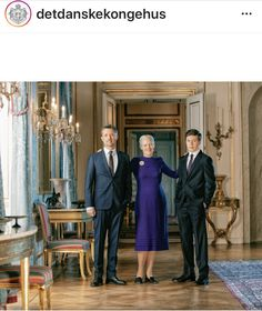 Royal-News : Kronprinz Frederik, Königin Margrethe und Prinz Christian Royal News, Royal Family News, Denmark Royal Family, English Royal Family, Danish Royal Family, Prinz Carl Philip, Prinz William, Royal Family Portrait, Family Portraits