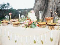 Bohemian Big Sur Wedding   Photo by Evynn LeValley Photography   Read more - http://www.100layercake.com/blog/?p=84558