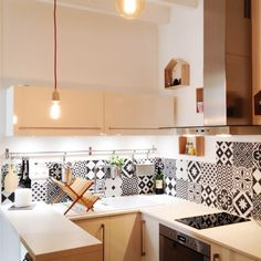 & & & & Another view of the kitchen, and the gorgeous cement tiles :) Funky Kitchen, Kitchen Dinning, Kitchen Tiles, Kitchen Decor, Kitchen Cabinets, Diy Interior, Apartment Interior, Scandinavian Home Interiors, Cuisines Design