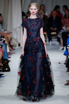 Oscar de la Renta Spring Summer 2016 – Preorder now on Moda Operandi