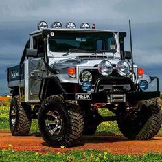 Awesome Looking 45 Series Toyota Land Cruiser Offroad 4x4 Rig