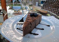 Ja, die ist vegan: Schoko-Käsetorte. Foto: Doris Austria, Pudding, Vegan, Desserts, Food, Pies, Meal, Custard Pudding, Deserts