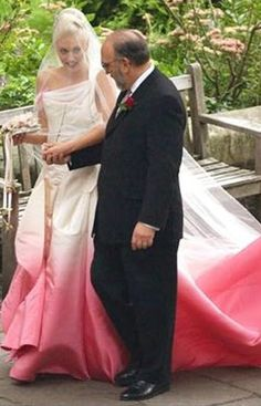 Gwen Stefani's beautiful pink and white wedding dress  #ombreobsession