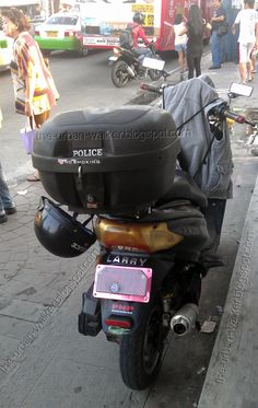 Law breaking law enforcers on the road -- using concealed plate numbers on bikes #trafficenforcers #pinoy