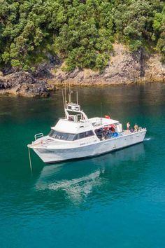 Workboats are designed to be used for work or trade rather than recreation, public transportation or private use. #yacht #luxuryyacht #workboat #pacific7 #marineservices South Pacific, Pacific Ocean, Marine Engineering, Boat Restoration, Super Yachts, Luxury Yachts, Boat Building, Public Transport, A Team