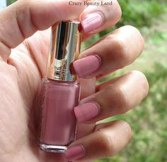 L'oreal Paris Color Riche Les Vernis Boudoir Rose (204)  & Top Coats Collection Matte (915) Review and Swatches. If you're looking for a dusky nude pink nail polish, your search ends here !