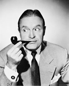 Great photo of Bob Hope & his pipe