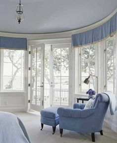 Patio doors in a round room. Love all the windows and the pale blue color scheme. This just works. I wish I had a round room! From Better Homes and Gardens. Blue Rooms, White Rooms, White Bedroom, Periwinkle Bedroom, Periwinkle Blue, My Home Design, House Design, Home Renovation, Home Remodeling