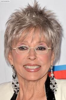 """Rita Moreno, who turned in an Oscar winning performance as Anita in the film version of """"West Side Story"""" a half century ago, will celebrate her birthday on December Short Hairstyles Over 50, Cute Hairstyles, Hair Styles For Women Over 50, Short Hair Styles, Rita Moreno, Aging Gracefully, Natural Looks, Natural Beauty, Looking For Women"""