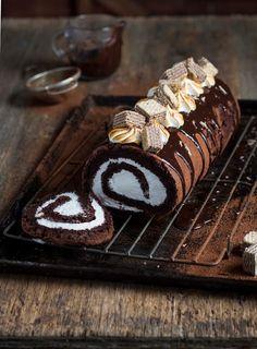 The Kate Tin: Chocolate Marshmallow Log