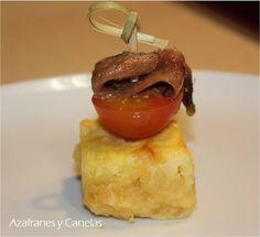 Pincho de tortilla con anchoa y tomate | Azafranes y Canelas