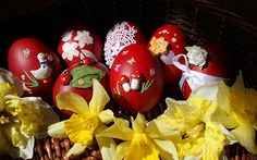 Designs for Egg Carving Art | Photography: Beautiful Easter Egg Art | Antara's Diary