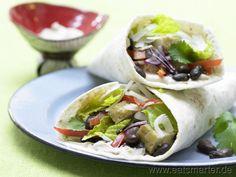 Mexikanische Weizen-Tortillas mit bunter fleischfreier Füllung: Gemüse-Tortillas mit Räuchertofu - smarter - Kalorien: 369 Kcal | Zeit: 45 min. #vegetarian