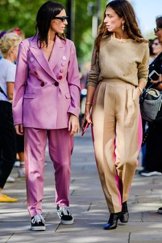 London Street Style Spring 2019 - The Best Street Style from London Fashion Week Cool Street Fashion, Look Fashion, Korean Fashion, Womens Fashion, Fashion Trends, Cheap Fashion, Street Chic, Fashion Boots, Fashion Edgy