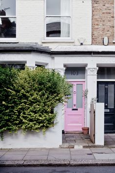 London Calling: 7 Ways to Add Curb Appeal with a Pink Front Door Attic Renovation, Attic Remodel, Pink Door, Turbulence Deco, Painted Front Doors, Attic Rooms, Attic Bathroom, Art Deco, Interior Exterior