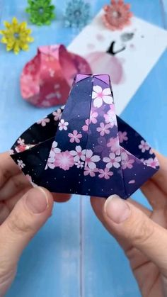 Diy Crafts Hacks, Diy Crafts For Gifts, Diy Arts And Crafts, Decor Crafts, Creative Crafts, Paper Crafts Origami, Paper Crafts For Kids, Diy Paper, Diy For Kids