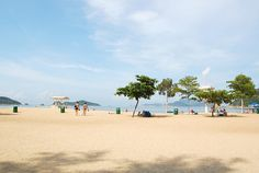 Hong Kong - Beach by VEIYUN, via Flickr (funny....you hardly ever see pictures of HK beaches...it's ususally about the cityscape)