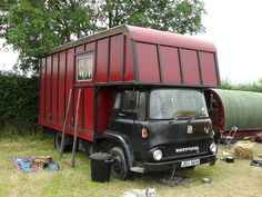 Bedford TK 2009 by teapotcircus, via Flickr