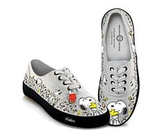 17ad43514d I want these in love my skips 👟 Snoopy Shoes