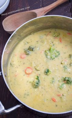 One pot healthy vegan broccoli cheese soup is sure to make any dinner special. This broccoli cheese soup only takes 25 minutes and is packed with added veggies fiber and protein! Vegan gluten free dairy free and delicious! Vegan Soups, Vegan Dishes, Vegetarian Recipes, Healthy Recipes, Vegan Potato Soup, Vegan Food, Broccoli Califlower Soup, Broccoli And Carrot Soup, Vegan Broccoli Soup Recipe