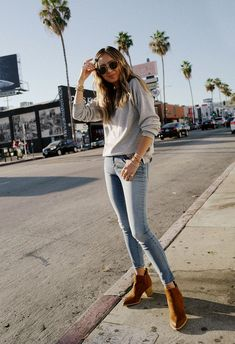 It's Officially Skinny Jean–and–Ankle Boot Season—Here's How to Style Them Her Style, Cool Style, New Fashion, Girl Fashion, How To Wear Ankle Boots, Perfect Jeans, Girls Wardrobe, Girls Show, Casual Jeans