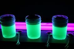 """Glow in the Dark JELL-O - Use part tonic water for JD's jello shots to help make the jello glow! Beware - tonic water might make the jello a little more bitter (but as a """"shot"""" I think it will be perfect) Party Drinks, Fun Drinks, Yummy Drinks, Alcoholic Drinks, Cocktails, Beverages, Cocktail Drinks, Halloween Jello Shots, Halloween Food For Party"""