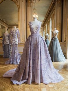 Prom Dresses 2018 Paolo Sebastian presents his collection in Paris, Haute Couture Fall 2016 Paolo Sebastian, Lace Evening Dresses, Evening Gowns, Lace Dress, Prom Dresses, Formal Dresses, Dress Prom, Dress Wedding, Lace Wedding