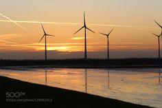 Ein goldener Herbst in Holland4. by dirkwiemann  Abendrot Holland Sonnenuntergang Windenergie Windkraft Windmühlen dirkwiemann