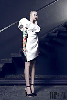 Nicolas Jebran Autunno-Inverno 2014-2015 - Alta moda - http://it.flip-zone.com/fashion/couture-1/independant-designers/nicolas-jebran-4846