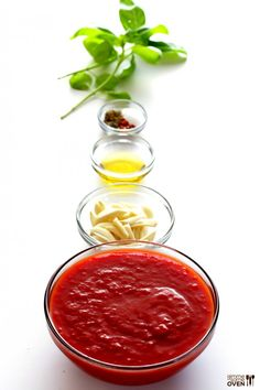 Homemade Marinara Sauce -- delicious marinara is so easy to make with simple, fresh ingredients! | gimmesomeoven.com #italian